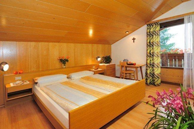 raum 04 648x431 Gästezimmer am Martinhof in Neustift/ Südtirol